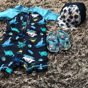 Other - Adorable old Navy swim vacation bundle like new.